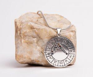 astromedal plata de ley colgante